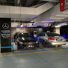 Sign Only Vehicles Malaysia People Rich Hybrid That Plug-in Says Read When Can't