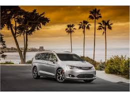 2018 chrysler pacifica touring. perfect chrysler 2018 chrysler pacifica exterior photos  on chrysler pacifica touring