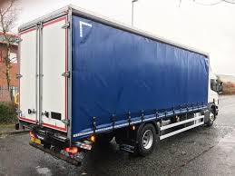 scania 18 tonne curtain side truck hgv traders powered by the trade