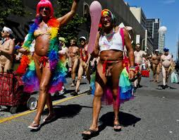 Resultado de imagen de gay pride naked