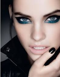 lovely smokey eye makeup for the rocker