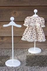 Baby Clothes Display Stand Use stands to display baby clothes for cute decorations Showers 5