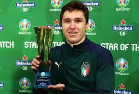 كييزا يحصد جائزة أفضل لاعب في مباراة إسبانيا وإيطاليا