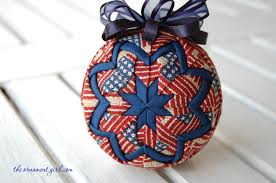 If you can fold a piece of fabric…you can make a perfect quilted ... & longaberger-old-glory-fabric-quilted-ball-ornament Adamdwight.com