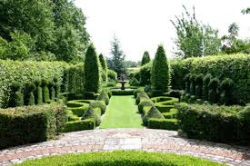 traditional french country garden design symmetry