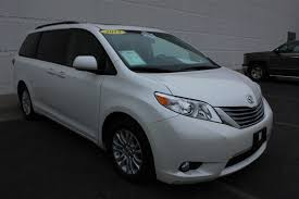 Used One-Owner 2015 Toyota Sienna XLE - Lawrence KS - Crown Toyota ...