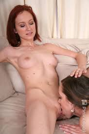 Hot Brunette Lesbian Hd Best Xxx Photos Free Porn Images And Hot Sex Pics On Flash On Beach Porn