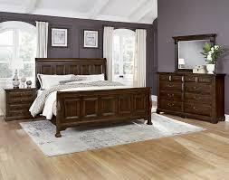 Woodlands Queen Bedroom Group by Vaughan Bassett at Turk Furniture