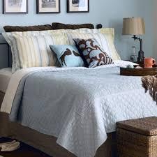 Small Master Bedroom Small Master Bedroom Ideas Cream Concrete Wall Master Bedroom