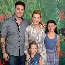 jodie sweetin kids. Fine Sweetin Jodie Sweetin At Kubo And The Two Strings Premiere In LA  POPSUGAR  Celebrity And Kids