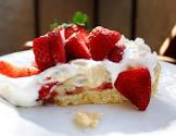 banana strawberry cream pie