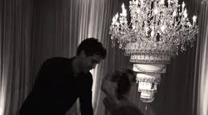 addthis actress has upside down wedding cake chandelier