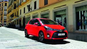 Toyota Yaris exterior and interior sizes guide | carwow