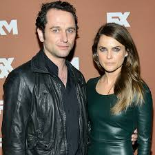 Shane Deary Keri Russell Is Pregnant Expecting First Baby With Matthew Rhys