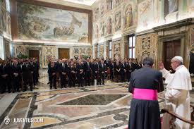 a special meeting pope francis juventus com representing juventus stationed on the right side of the room alongside the first team squad and backroom staff were andrea agnelli pavel nedved