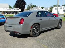 2018 chrysler 300c. fine 300c new 2018 chrysler 300 300s throughout chrysler 300c