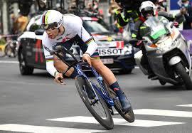 Egan bernal sigue de líder de la general tras la disputa de la 14ª etapa. Filippo Ganna Destroza El Cronometro En El Estreno Del Giro De Italia 2021