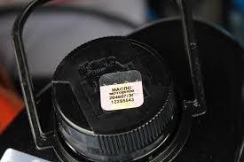 Импортеры моторных масел контрольные знаки противоречат новому  1 марта этого года вступил в силу Технический регламент Таможенного союза 030 2012 О требованиях к смазочным материалам и специальным жидкостям