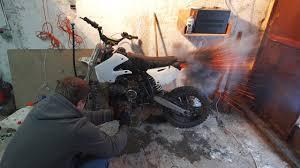 Что будет если в мотоцикл залить авиационное то loop  Что будет если в мотоцикл залить авиационное топливо