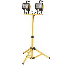 Fluorescent Work Light Tripod Globe Electric 500 Watt Twin Head Halogen Yellow Work Light