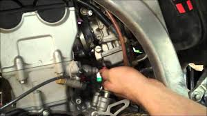 how to 4 stroke mx fuel screw adjustment yzf crf kxf rmz fcr part how to 4 stroke mx fuel screw adjustment yzf crf kxf rmz fcr part 1 of 2