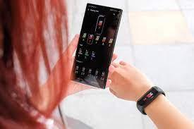 Loạt vòng đeo tay thông minh giá rẻ có tính năng giống Apple Watch 6