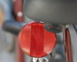 What Inspired Reflecting Road Lights To Be Invented Safety Reflector Wikipedia