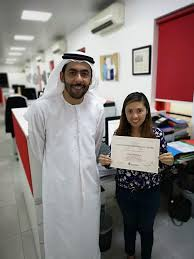 Outstanding Performance Award Emirates Auction Office Photo