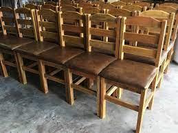 À vista no cartão ou pix 0% off. Loja De Cadeira De Madeira Rustica Estofada Vila Pompeia Cadeira De Madeira Estofada Rei Das Cadeiras