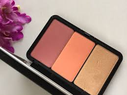 make up for ever palette with blush and highlighter