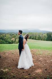 cute couple portraits | mountain first look photos | chic wedding portraits  | Romanti… | Nj wedding photographer, Wedding photography bride, Wedding  portrait poses