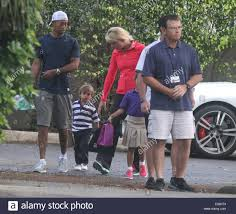 Lindsey Vonn Tiger Woods y llevar a sus hijos a la escuela, presentando: Tiger  Woods,Lindsey Vonn,Sam Woods, Charlie Woods donde: Palm Beach, Florida,  Estados Unidos Cuándo: 21 de mayo de 2013 Fotografía