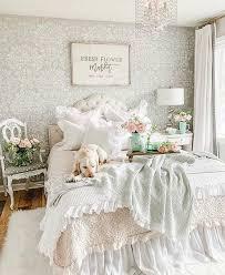 sweet shabby chic bedroom décor ideas