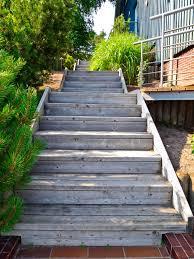 Das bauen der treppe bestand im wesentlichen aus drei dingen: Gartentreppe Aus Holz Selber Bauen Anleitung In 4 Schritten