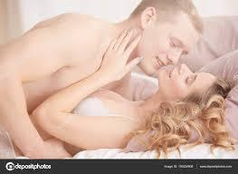 Paar Beim Sex Im Schlafzimmer Stockfoto Photographeeeu 150224808