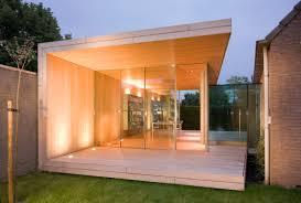 garden room office. minimal windows to garden room office by iq glass.