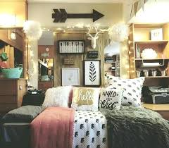 Bedroom Themes Cute Bedroom Themes Bedroom Themes Dorm Room Decorating  Themes Photo 2 Cool Bedroom Decorations