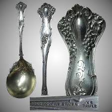 1847 Rogers Bros Patterns Gorgeous 48 Rogers Bros Grape Pattern Vintage SP Berry Serving Spoon
