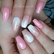 9 pink bubblegum and gold speckles acrylic nails