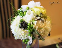 doing your own wedding flowers. we bought the following flowers to make up this bouquet: doing your own wedding