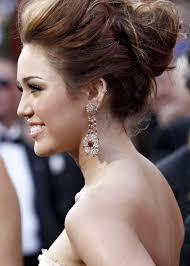Miley Cyrus Hair Style mileycyrus82ndacademyawardsvettrinet31jpg 20582880 2033 by wearticles.com