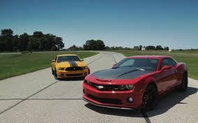 2013 Chevrolet Camaro SS 1LE vs. 2013 Ford Mustang Boss 302 ...