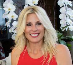 Acclaimed Real Estate Agent Wendy Carroll Joins the Invite-Only Haute  Residence Network