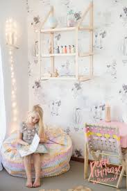 Retro Teenage Bedroom 17 Best Ideas About Girls Bedroom Wallpaper On Pinterest Little