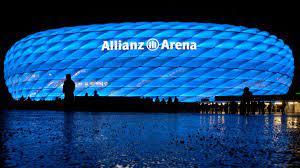 München: Allianz Arena leuchtete in Blau - der Grund ist verblüffend