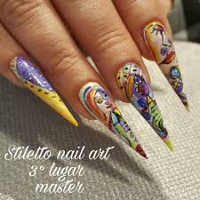 50+ Bold Stiletto Nail Art That Gives Girls the Daring Look