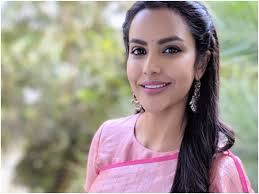 Troll apologises to Priya Anand for asking if she was a 'a symbol of bad  luck for her co-stars' | Tamil Movie News - Times of India