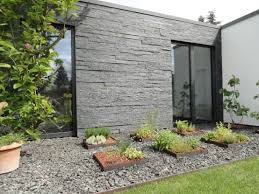stone stylishly in your garden