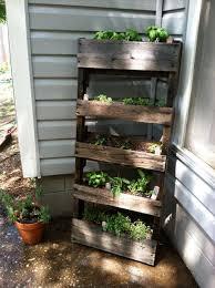pallet furniture garden. Outdoor Furniture Made From Pallets | Furniture-made-pallets-wood-pallets- Pallet Garden
