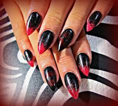 červeno černý Design Nehtů Zajímavé Nápady Kombinace A Doporučení